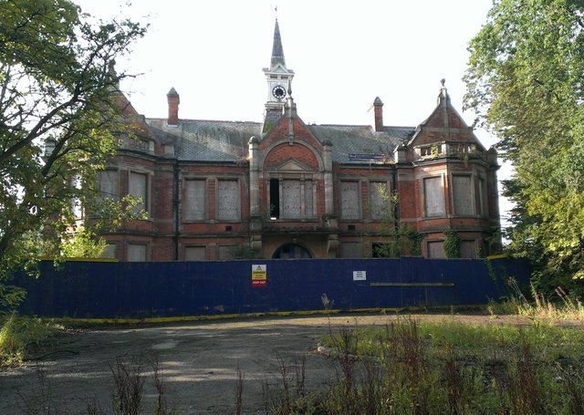 The old admin block at Greylees' Rauceby Hospital site could now become turned to community and retail uses under new proposals by fresh owners Invicta Developments. EMN-200924-092913001