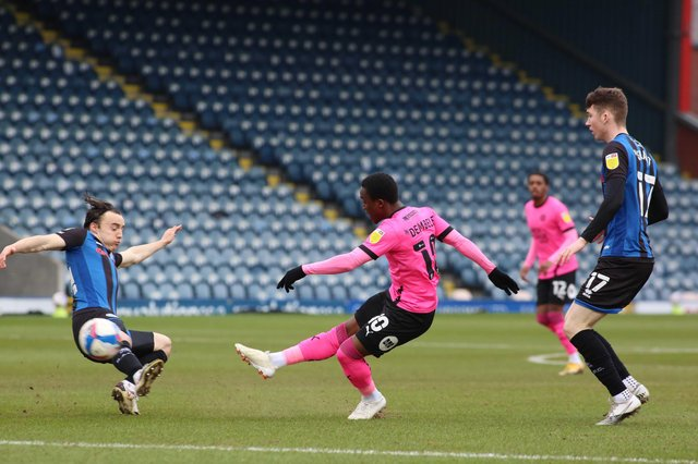 Siriki Dembele of Peterborough United scores the opening goal of the game against Rochdale. Photo: Joe Dent/theposh.com.