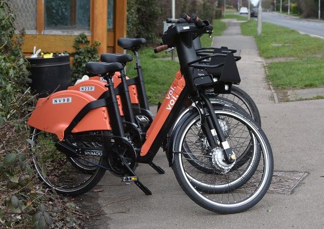 E-bike for hire at Oundle Road, Peterborough -  near the Gordon Arms pub. EMN-210503-170924009