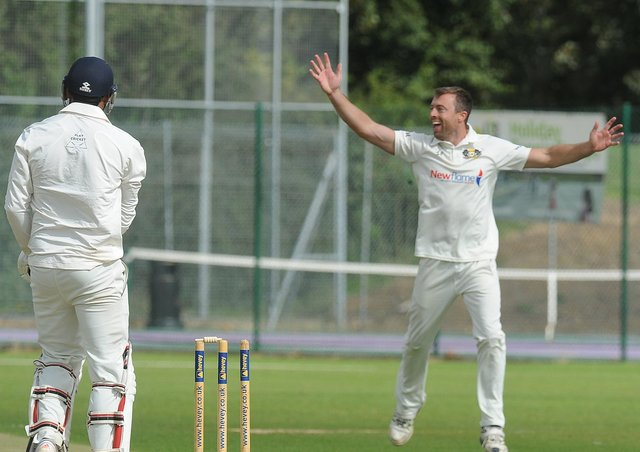 There's been an appeal for local cricketers to help raise money for dementia/Alzheimers.
