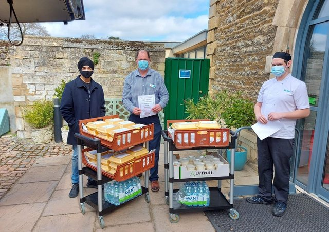 Sikhs prepare and deliver meals in Peterborough.