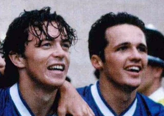 Simon Davies (left) and Matthew Etherington.