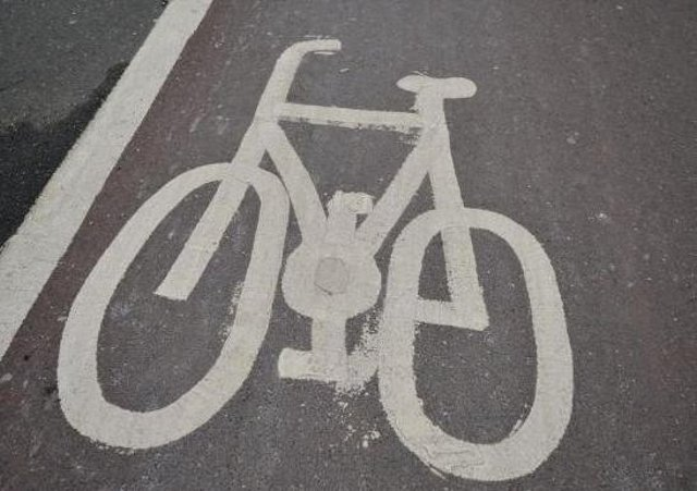 Should there more provision for cyclists in the city?