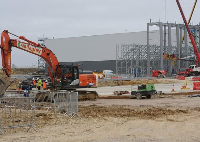 Construction work at Peterborough Gateway. EMN-210104-164906009