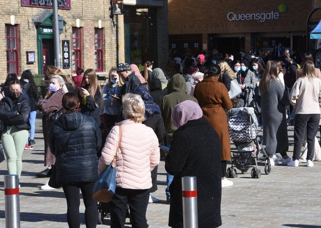 City Centre  Covid 19 lockdown restrictions ease on April 12. Queues for Primark EMN-211204-124011009