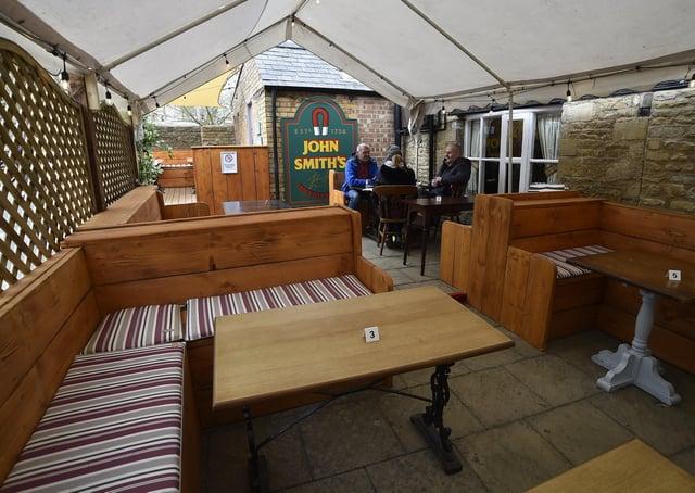 Cross Keys beer garden at King's Cliffe EMN-210427-225138009