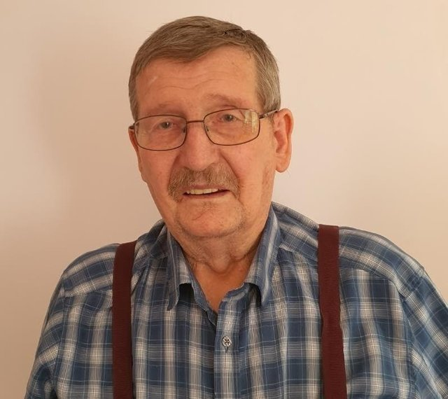 Chris, who has been diagnosed with terminal cancer after working with asbestos
