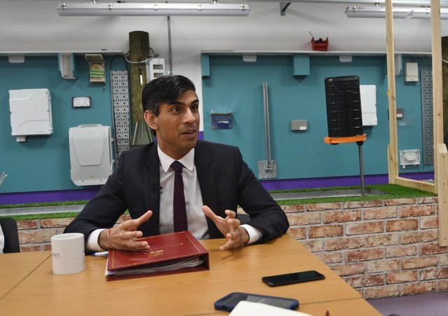 Rishi Sunak, Chancellor of the Exchequer, visiting the Openreach training centre at Westwood EMN-210528-134348009