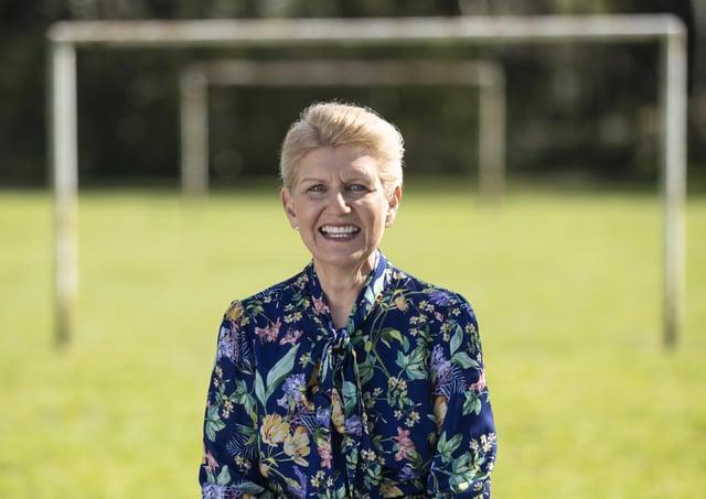 Debbie Hewitt. EMN-210806-104328005