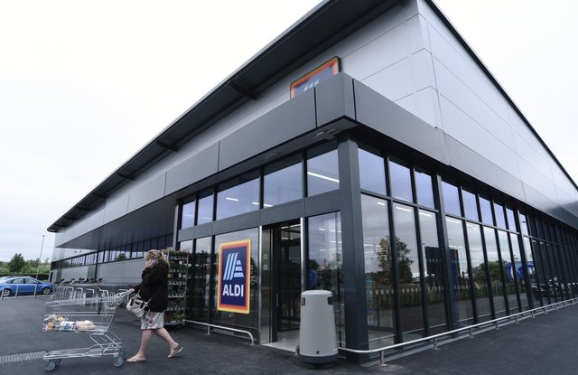 New Aldi store opens at Peterborough One retail park. EMN-211006-094531009