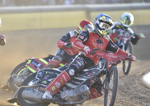 Scott Nicholls claimed the decisive heat victory for Panthers in Ipswich.