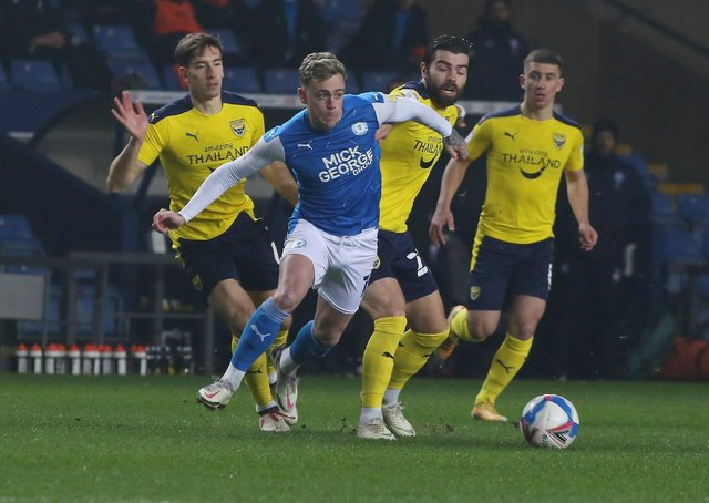 Sammie Szmodics of Peterborough United in action against Oxford United - Mandatory by-line: Joe Dent/JMP.
