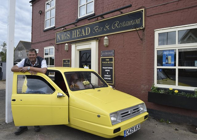 Nags Head pub, Eastrea proprietor Richard Owen with his Only Fools and Horses themed pub EMN-210622-154107009