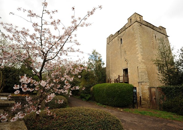 Longthorpe Tower.