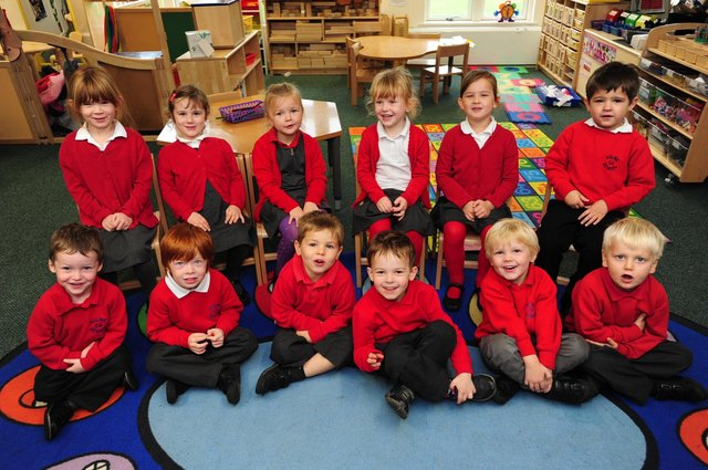 Reception Class at Holme Primary SchoolMrs Toft's Class 1 ENGEMN00120131016135352